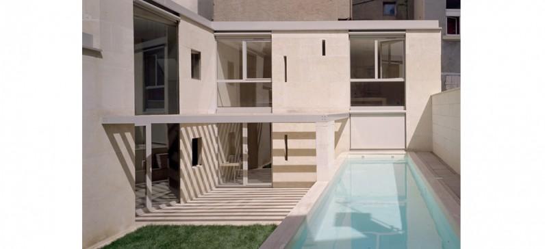 elisabeth polzella architecte dplg lyon maison en pierre massive. Black Bedroom Furniture Sets. Home Design Ideas